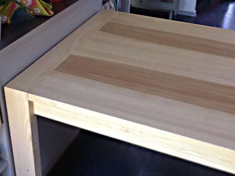 loja ausziehbarer esstisch dank kopfkulissenauszug mit butterfly technik massivholz. Black Bedroom Furniture Sets. Home Design Ideas