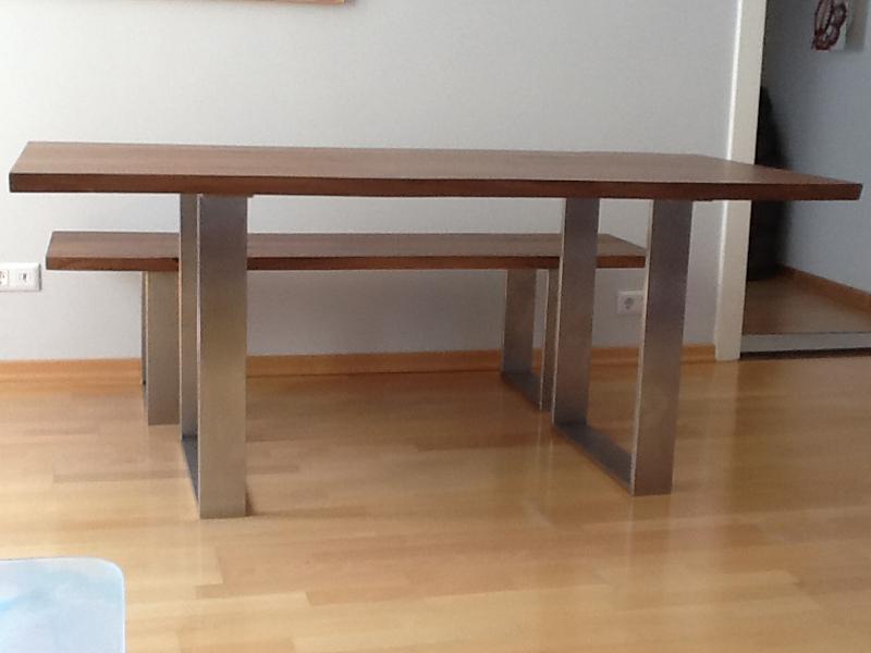Esstisch Astnussbaum ~ Kufen Esstisch Talca mit Gestell aus pulverbeschichtetem Stahl